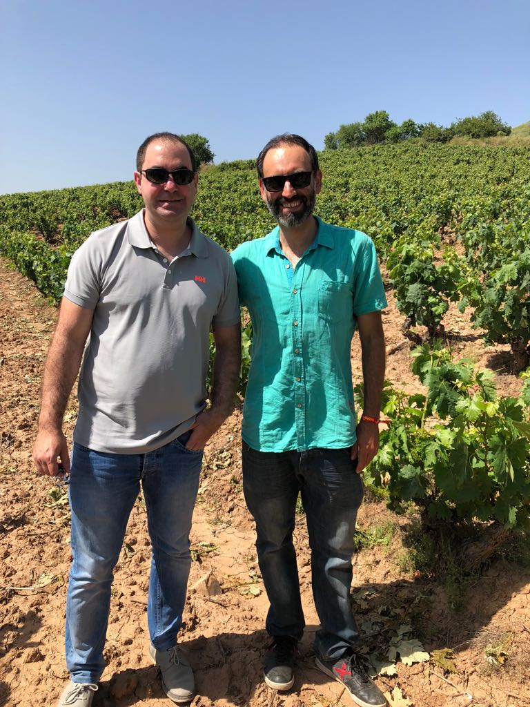 Visit to the vineyard of OSMO, Hormilla, La Rioja.